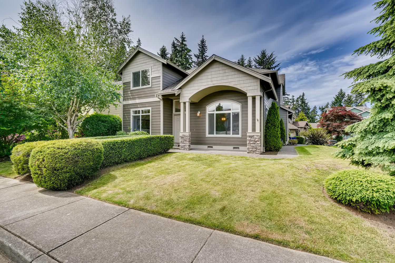 19512 12th Ave W Lynnwood WA-large-001-002-Exterior Front-1500×1000-72dpi