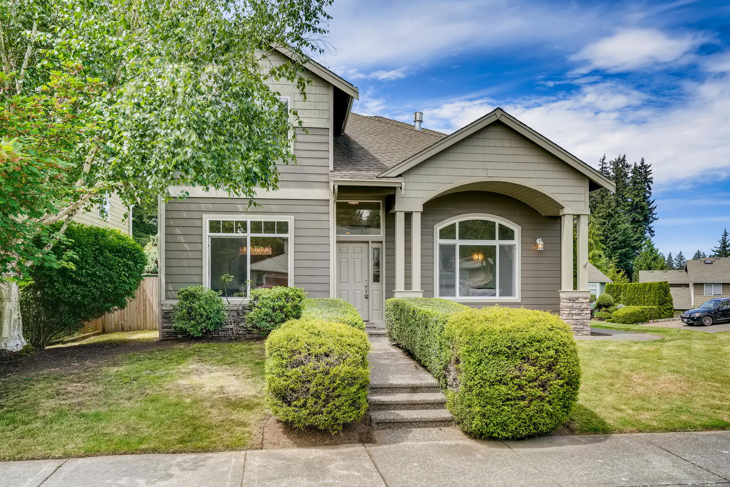 19512 12th Ave W Lynnwood WA-large-002-011-Exterior Front-1500×1000-72dpi