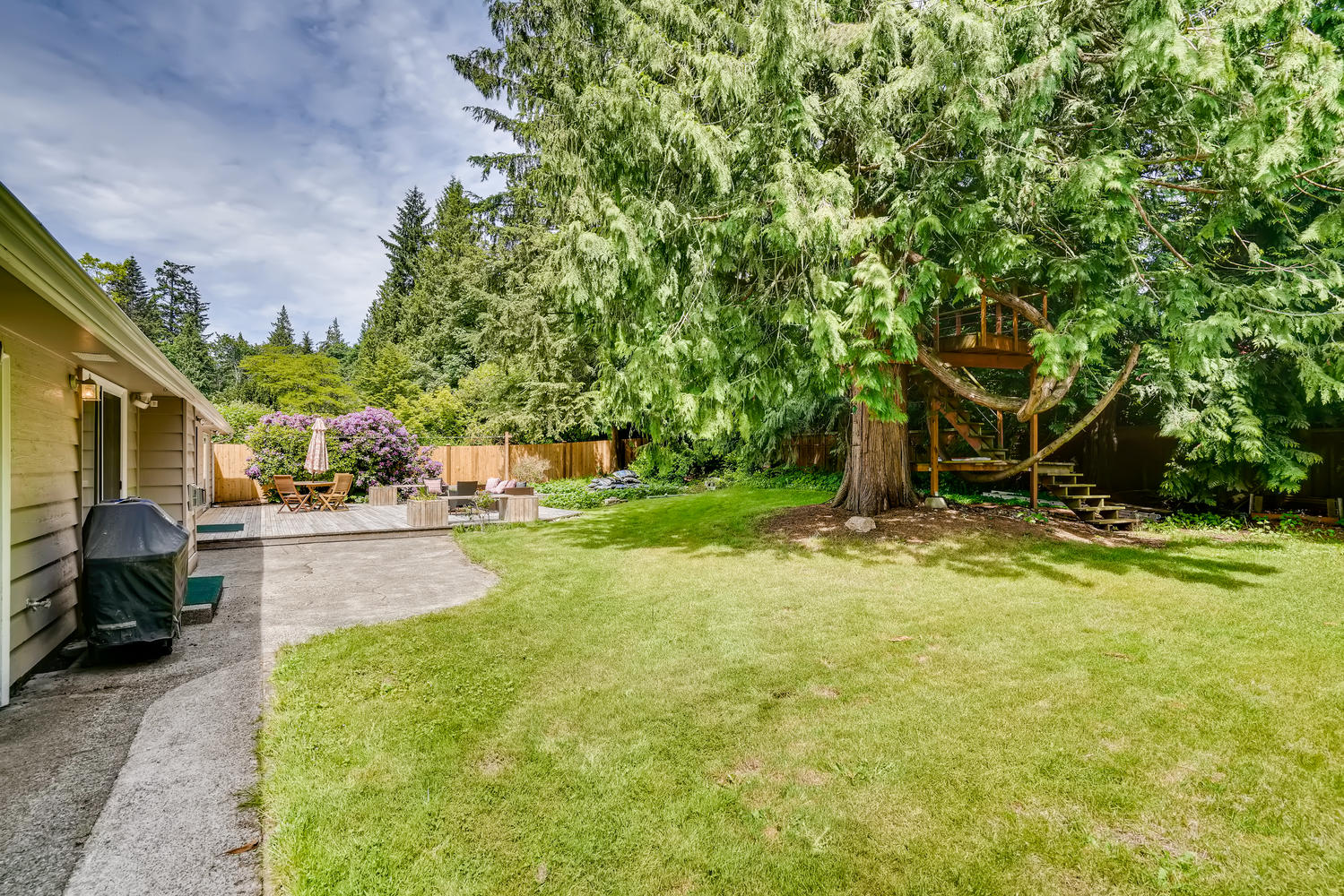 23715 110th Pl W Woodway WA-large-026-028-Back Yard-1500×1000-72dpi