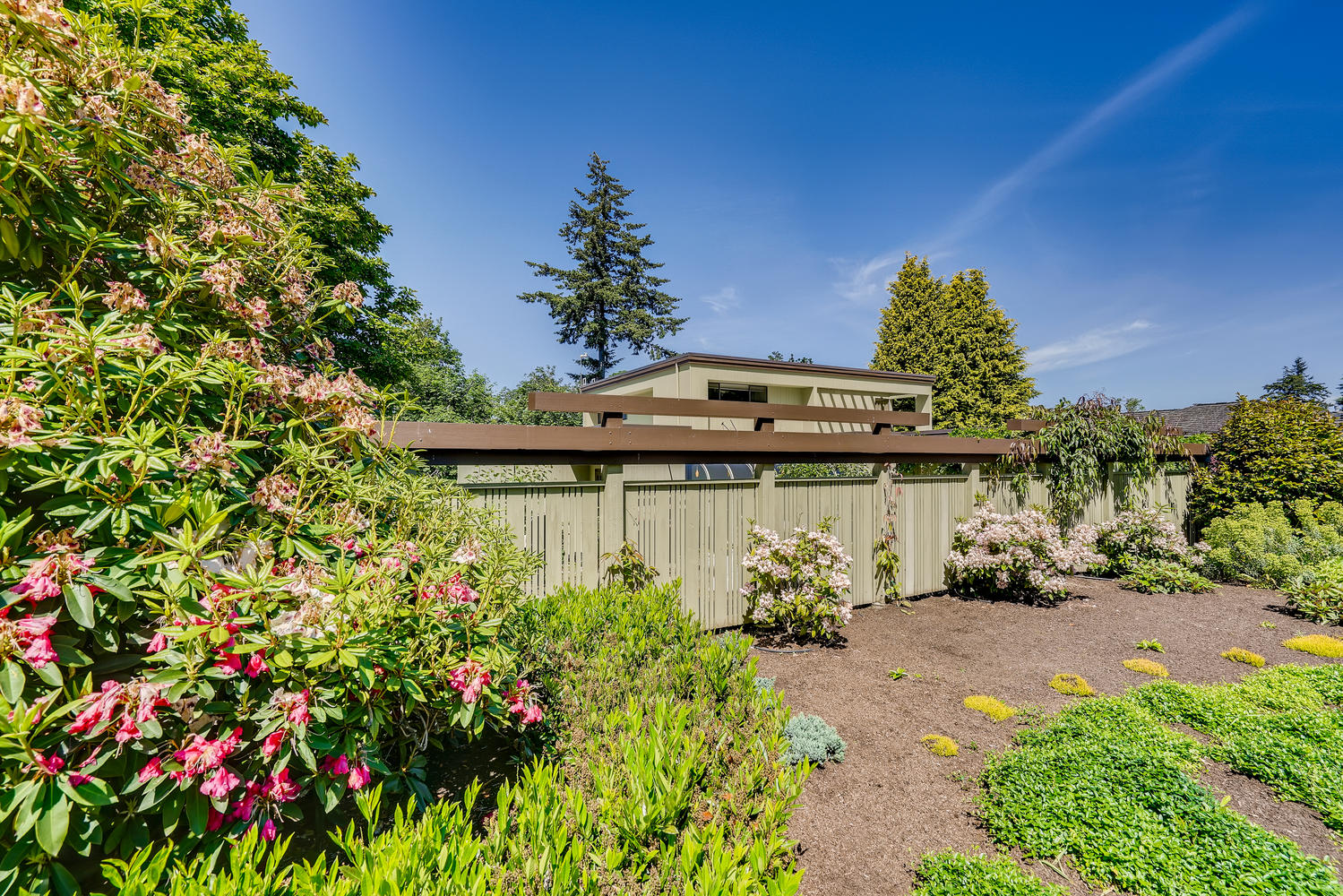 615 12th Ave N Edmonds WA-5