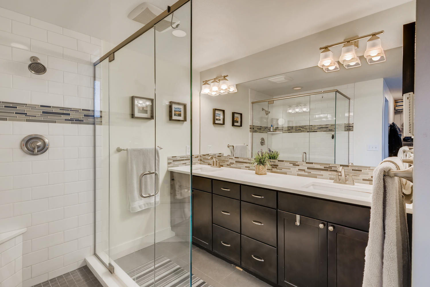 2540 NW 193rd Shoreline WA-large-013-013-Master Bathroom-1499×1000-72dpi