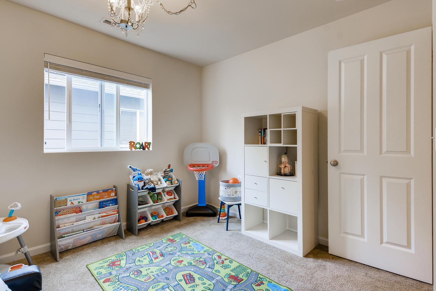 426 199th Pl SW Lynnwood WA-large-021-025-Bedroom-1499×1000-72dpi