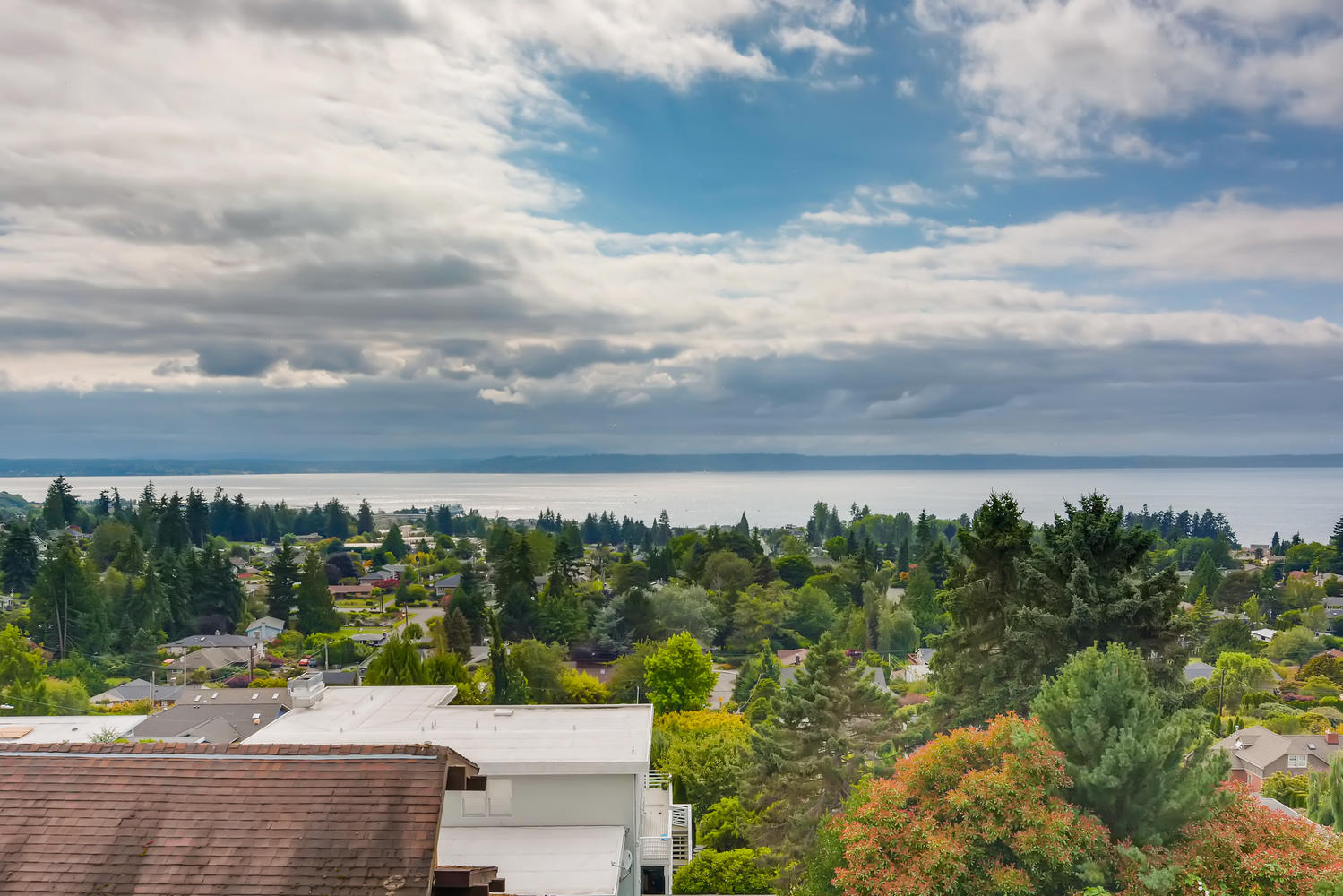 835 12th Ave N Edmonds WA-large-028-027-Views-1499×1000-72dpi