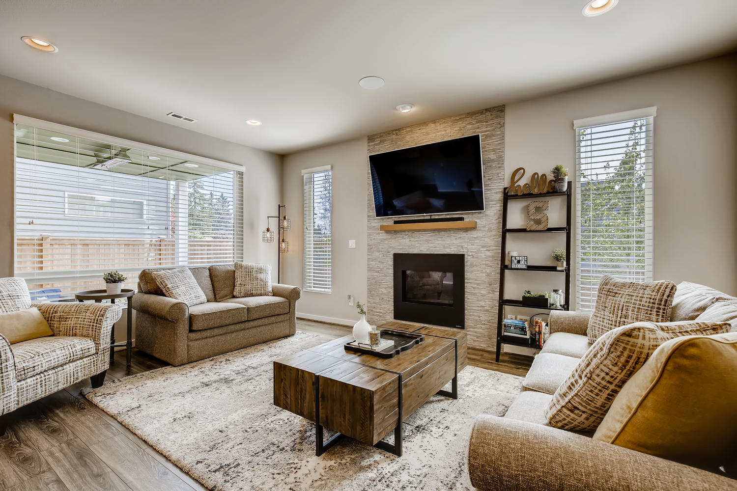 1120 154th Pl SW Lynnwood WA-large-005-004-Living Room-1500×1000-72dpi