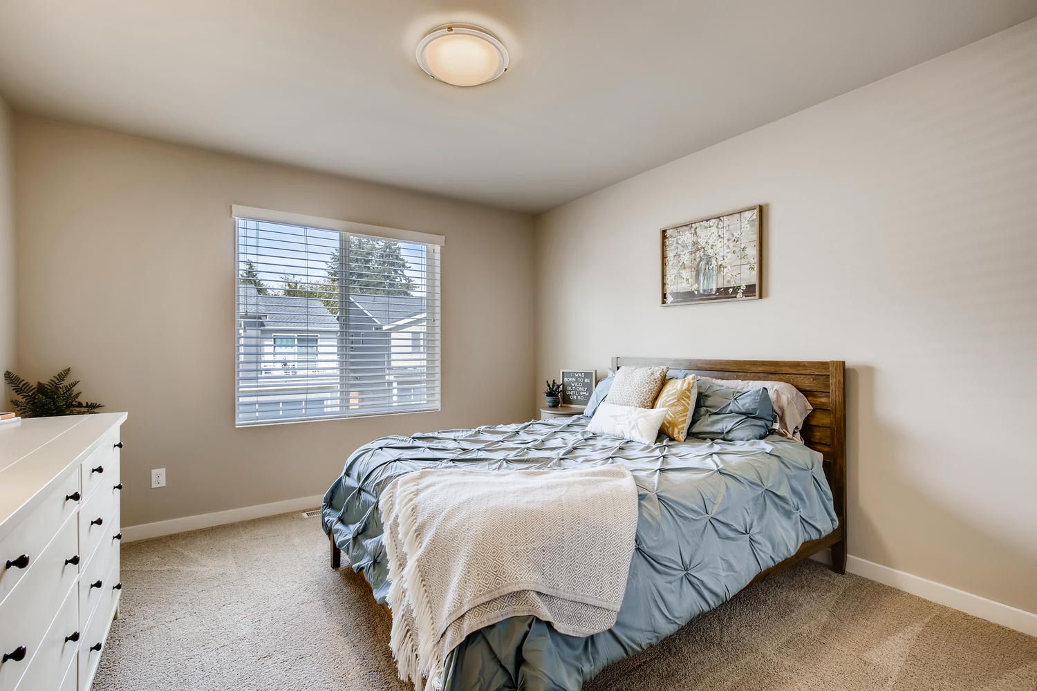 1120 154th Pl SW Lynnwood WA-large-019-020-2nd Floor Bedroom-1500×1000-72dpi