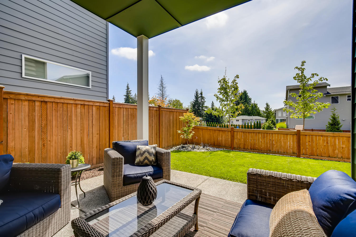 1120 154th Pl SW Lynnwood WA-large-025-025-Patio-1500×1000-72dpi