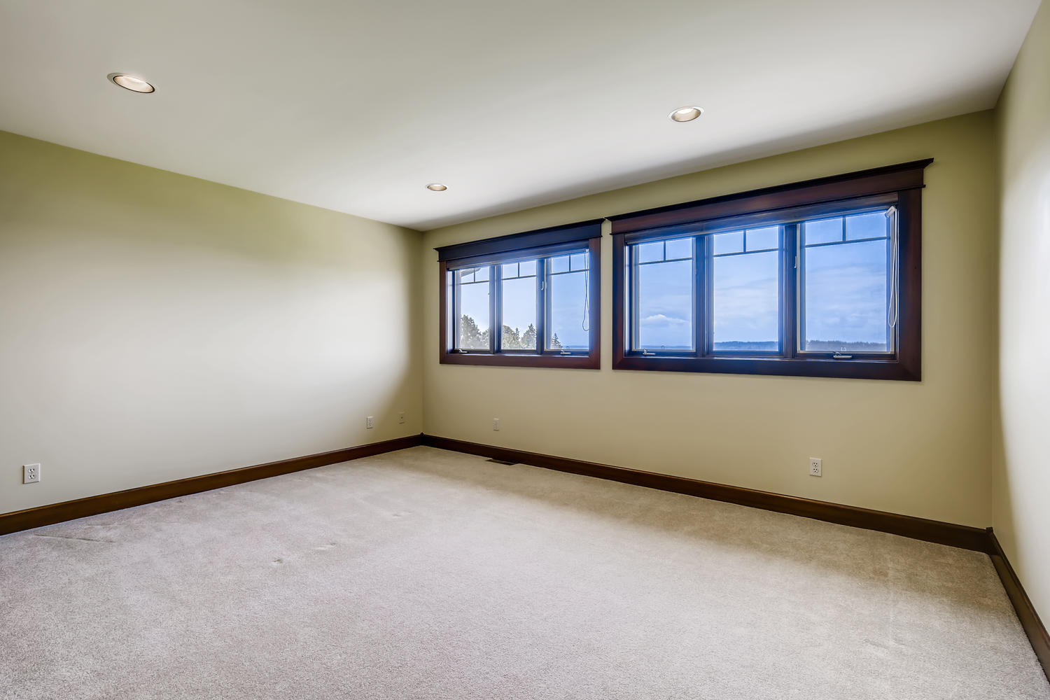 8412 Naketa Ln Mukilteo WA-large-019-020-2nd Floor Bedroom-1500×1000-72dpi
