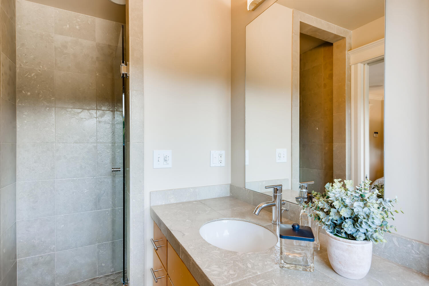 17232 13th Ave NW Shoreline WA-large-013-011-Master Bathroom-1499×1000-72dpi