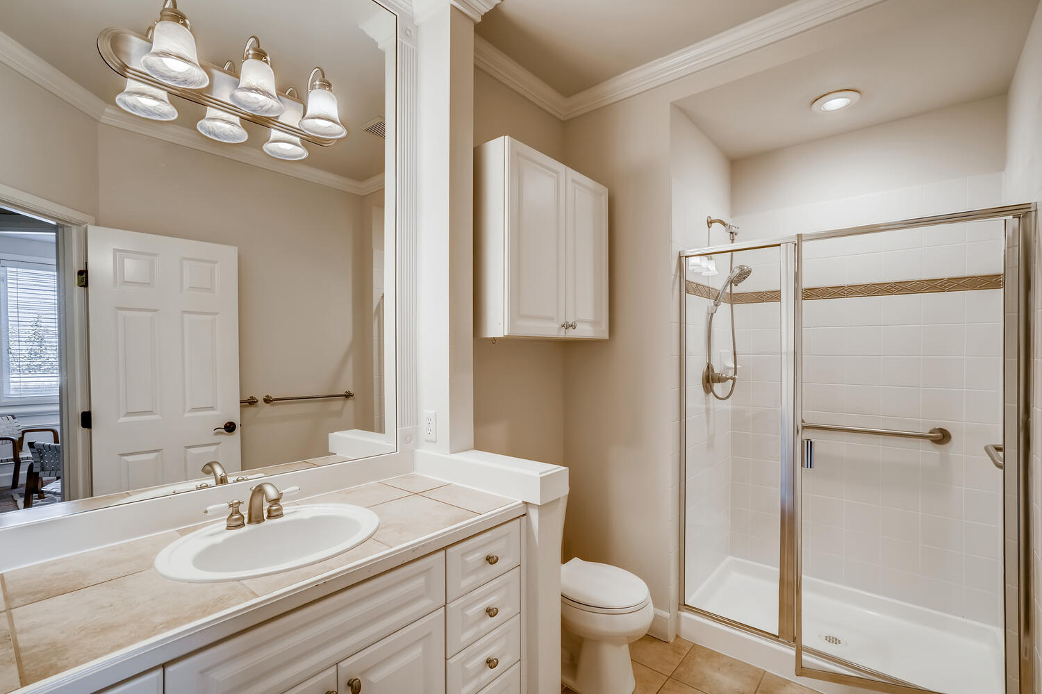 24128 E Greystone Lane Woodway-large-014-013-Bathroom-1500×1000-72dpi