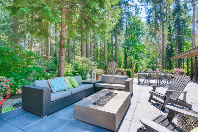 003-13431 NE 47th St Bellevue WA-small-019-071-Patio2-666×445-72dpi