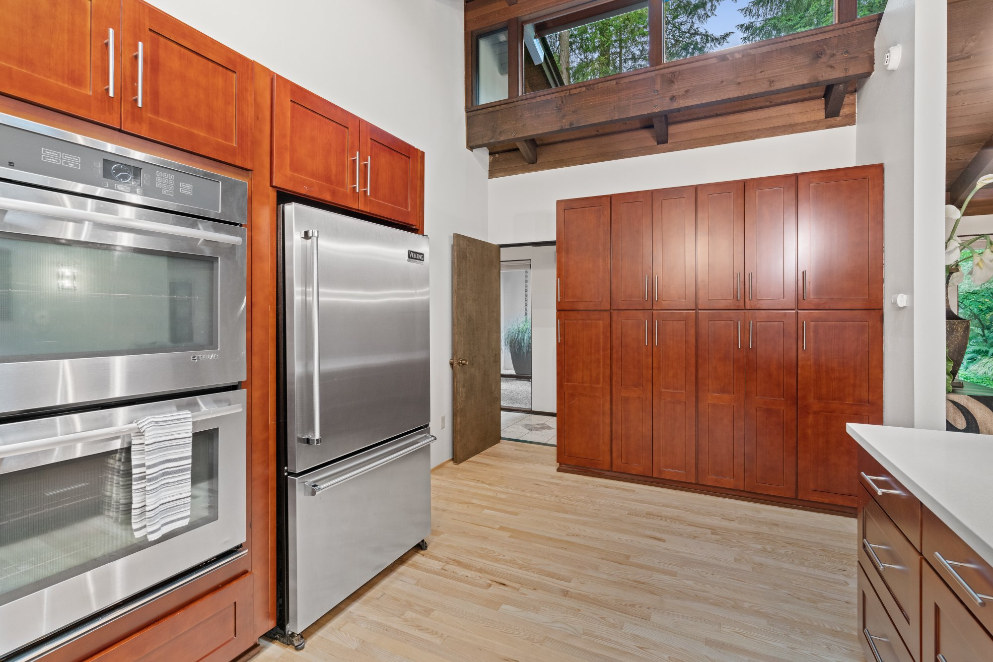 018-13431Northeast47thStreet-Bellevue-WA-98005-SMALL