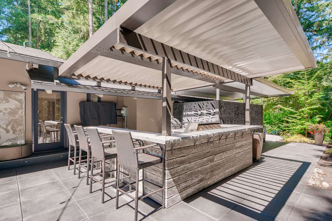 035-13431 NE 47th St Bellevue WA-small-021-074-Patio2-666×445-72dpi