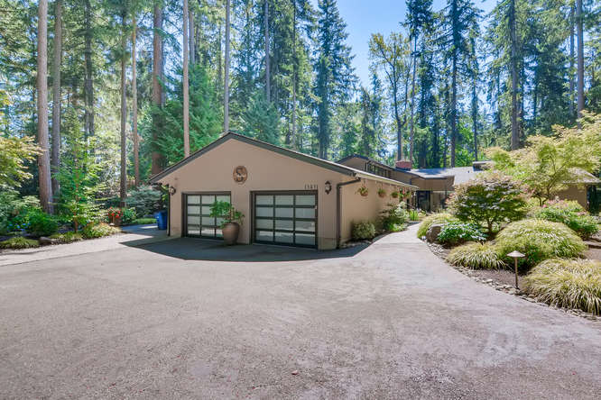 039-13431 NE 47th St Bellevue WA-small-011-063-Exterior Front2-666×445-72dpi