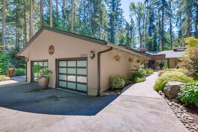 040-13431 NE 47th St Bellevue WA-small-012-066-Exterior Front2-666×445-72dpi