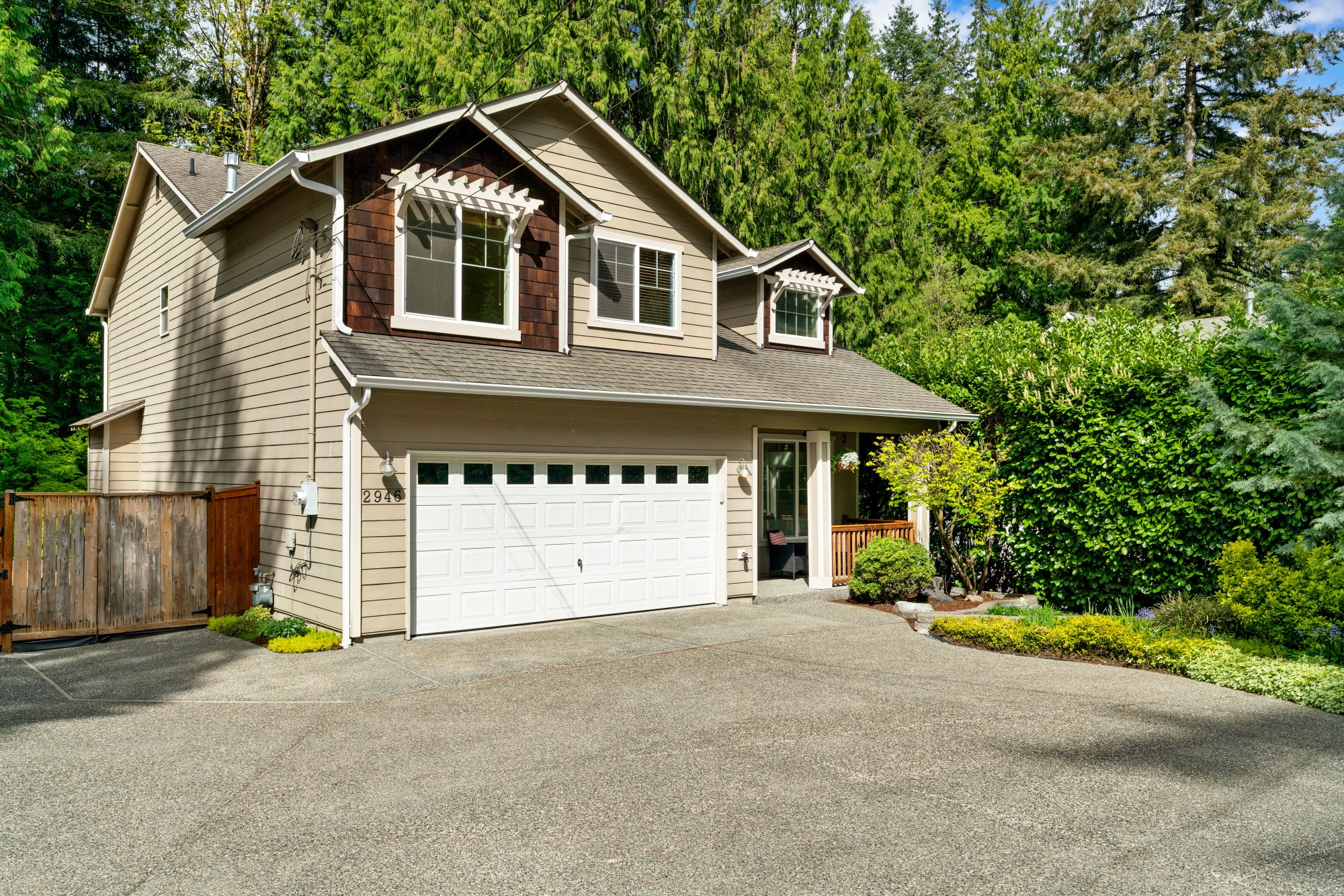 001-2946Northeast178thStreet-LakeForestPark-WA-98155-SMALL