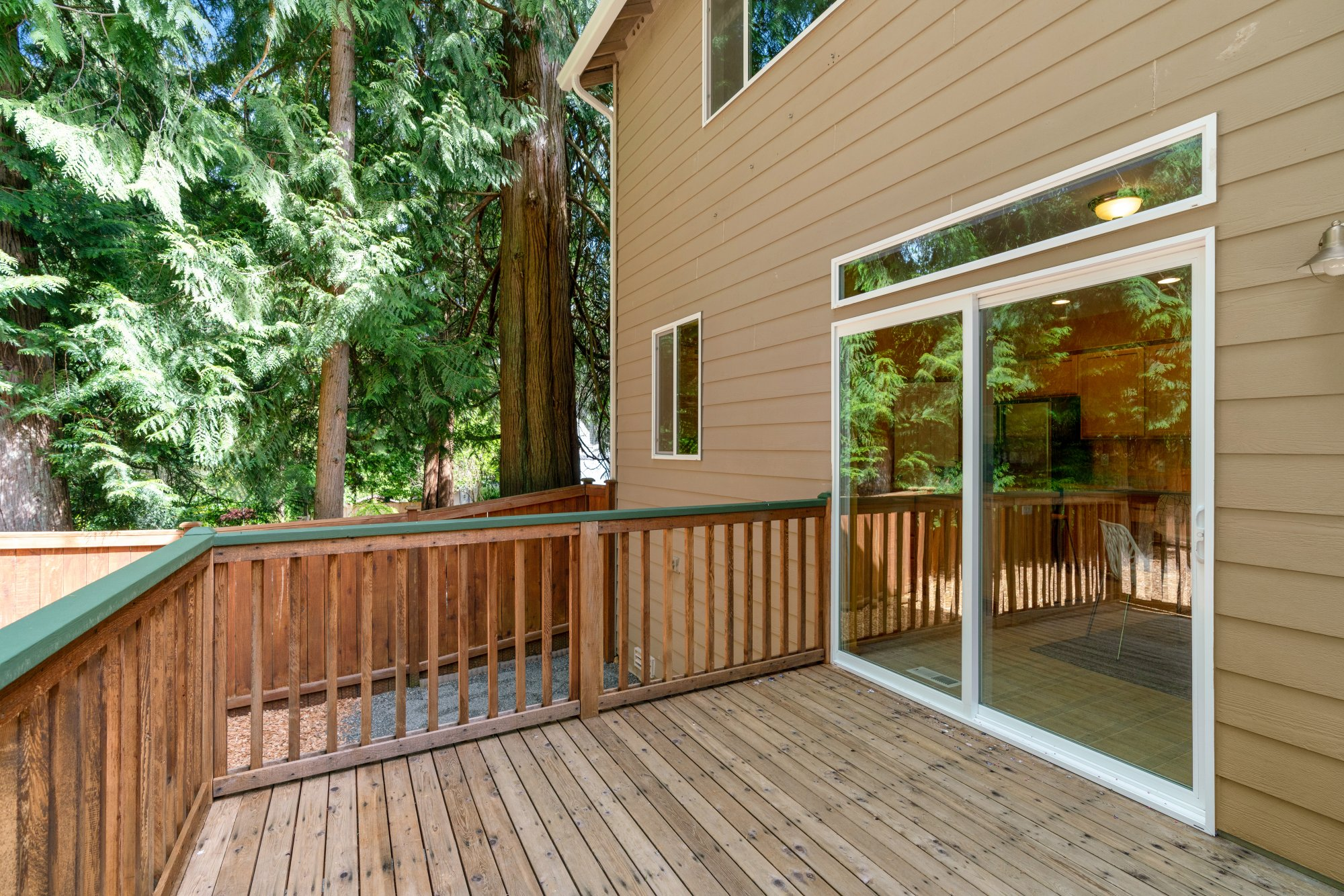 016-2946Northeast178thStreet-LakeForestPark-WA-98155-SMALL
