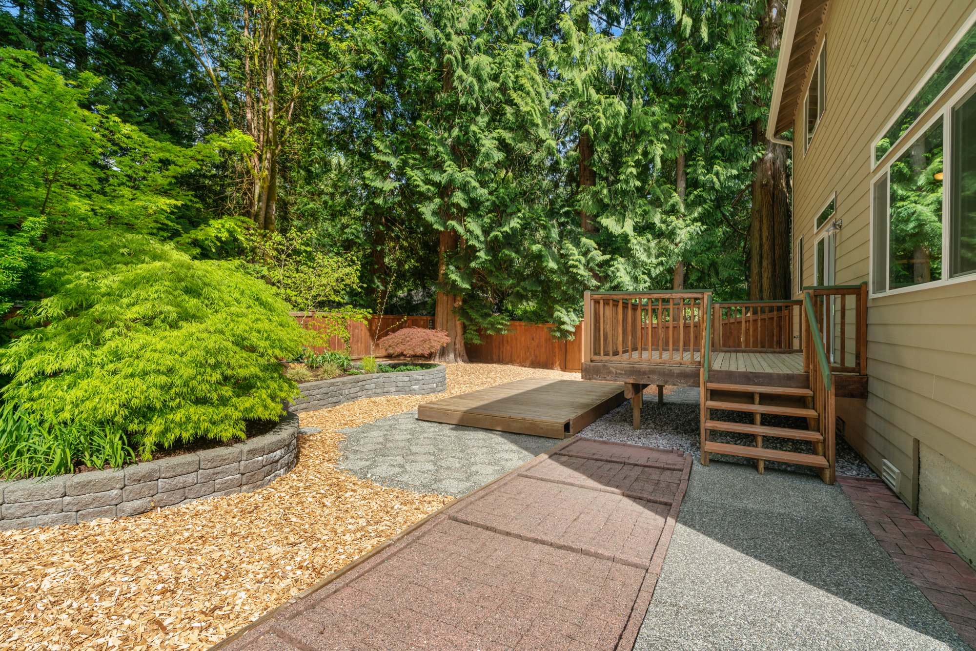 017-2946Northeast178thStreet-LakeForestPark-WA-98155-SMALL