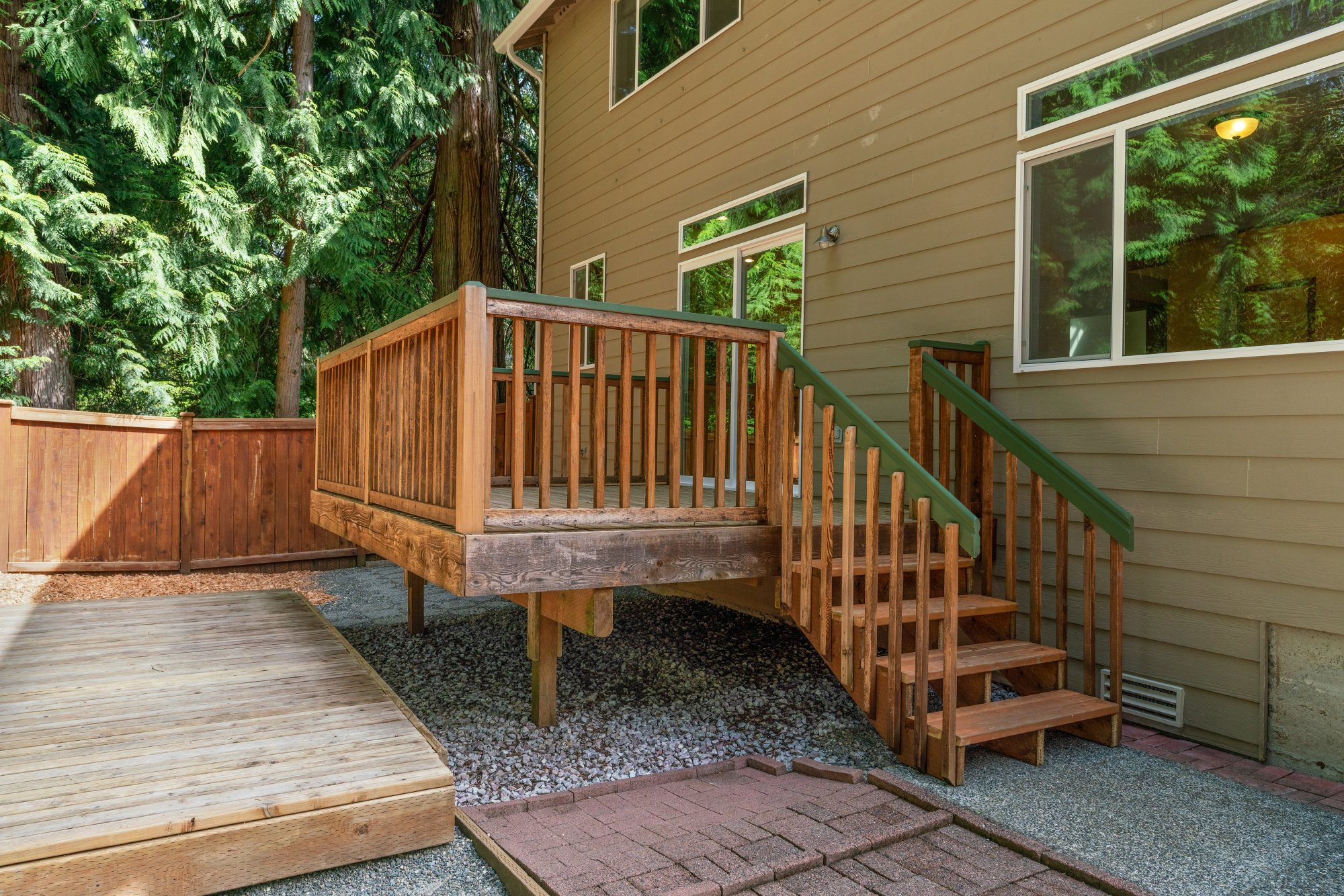 018-2946Northeast178thStreet-LakeForestPark-WA-98155-SMALL