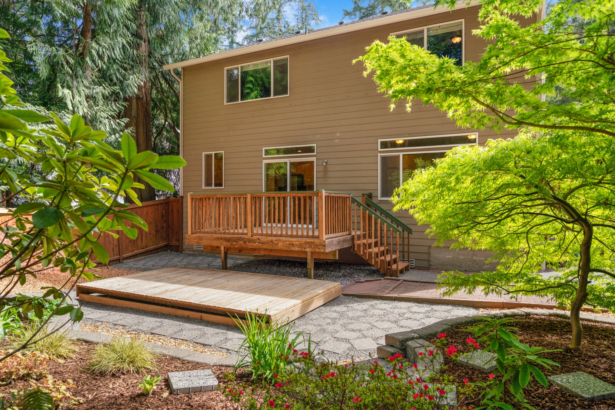 022-2946Northeast178thStreet-LakeForestPark-WA-98155-SMALL