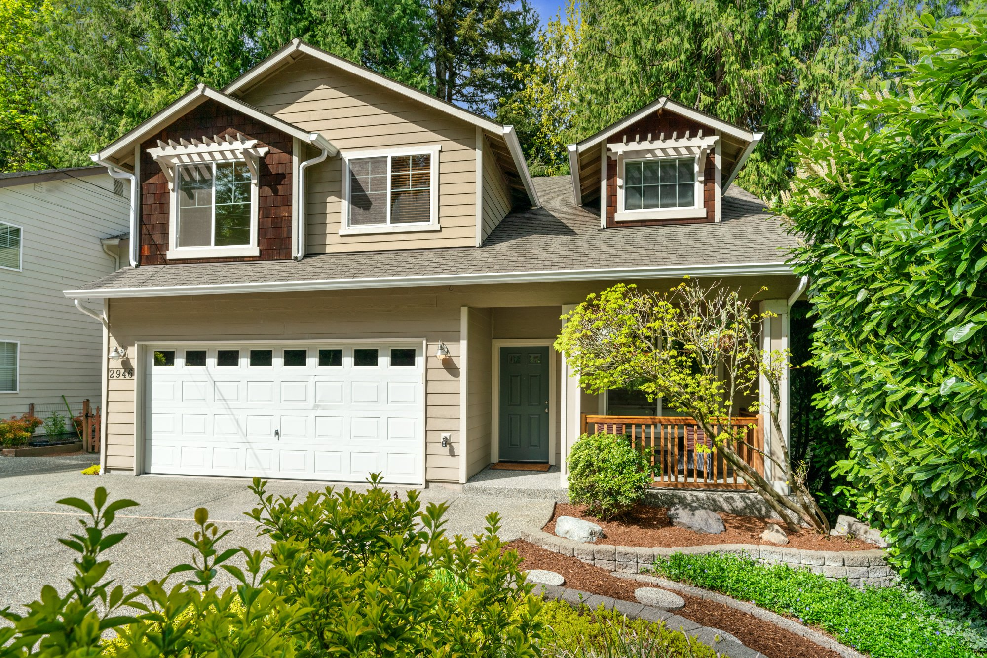 033-2946Northeast178thStreet-LakeForestPark-WA-98155-SMALL