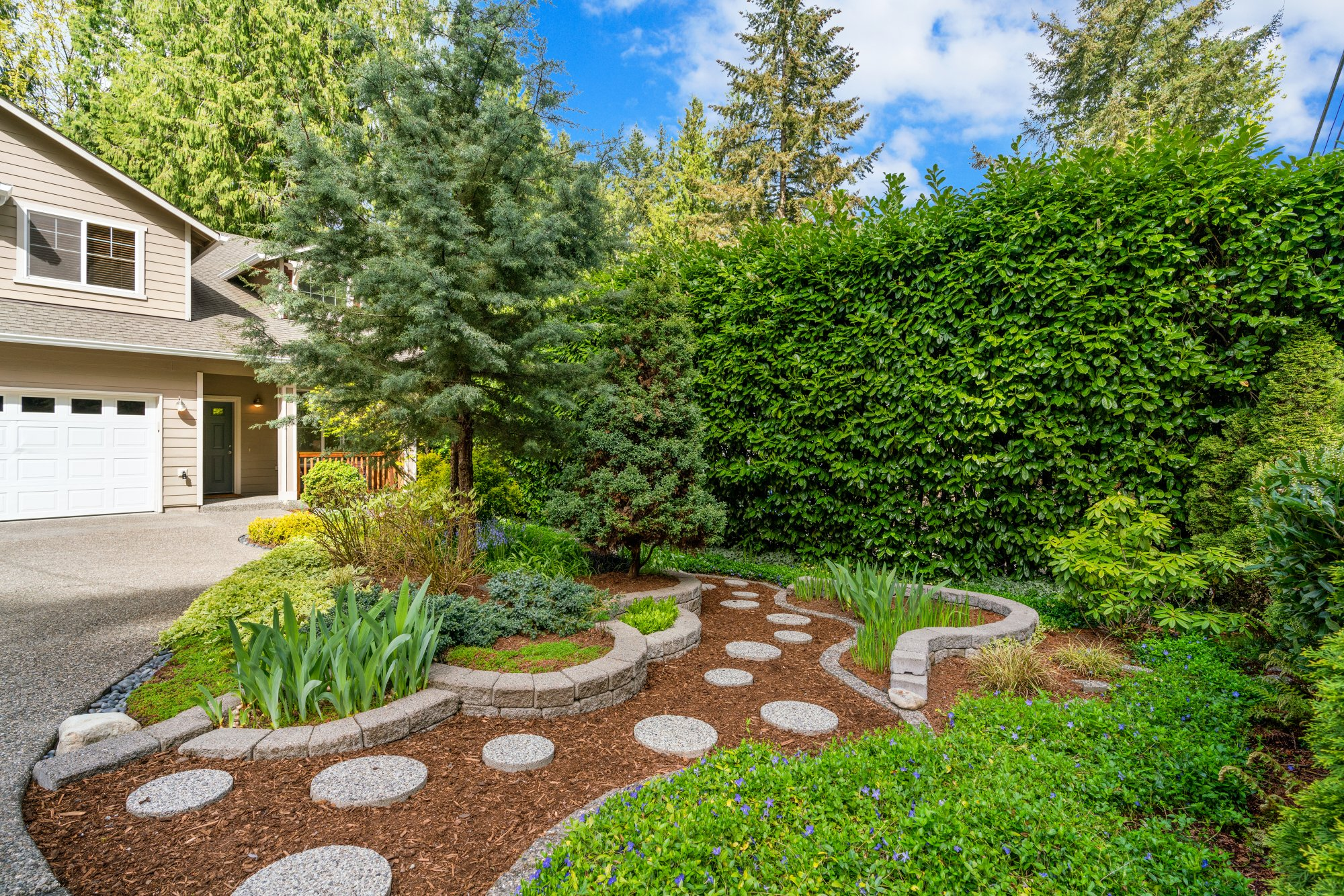 035-2946Northeast178thStreet-LakeForestPark-WA-98155-SMALL